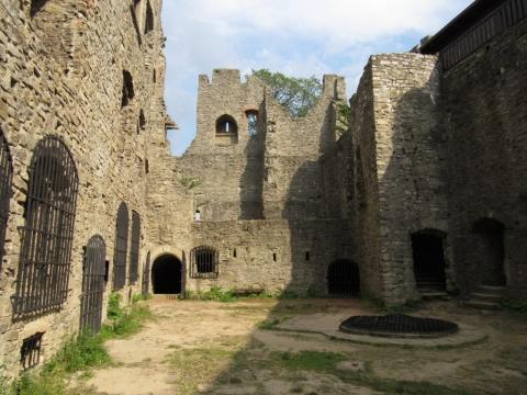 Výlet - hrad Hukvaldy